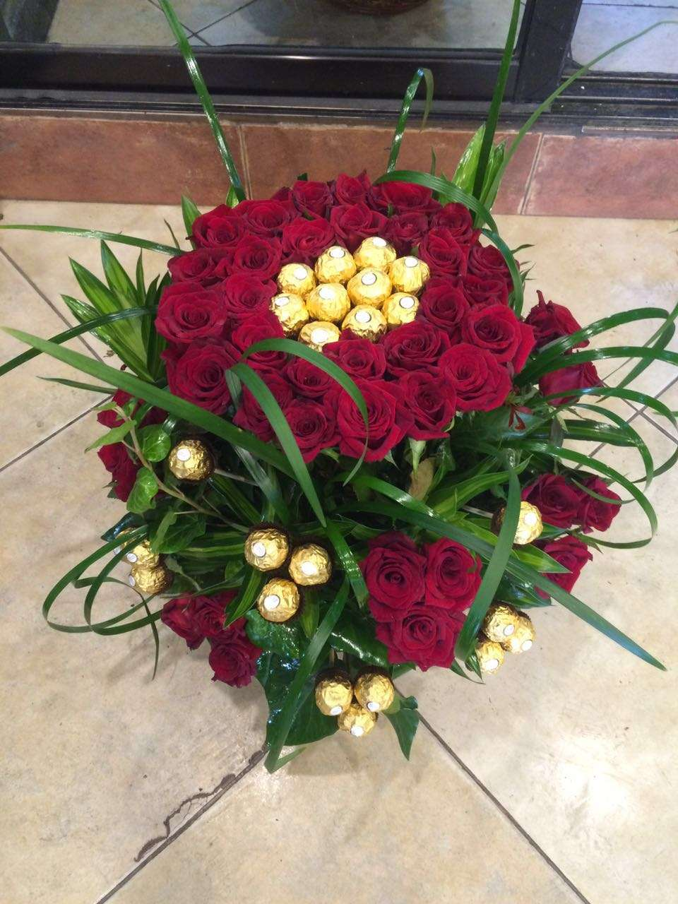 Big Basket Of Roses Chocolates Flowers And Gifts Delivery In Jordan